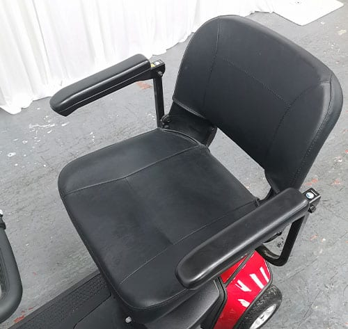 go-go-elite-traveller-lx-seat