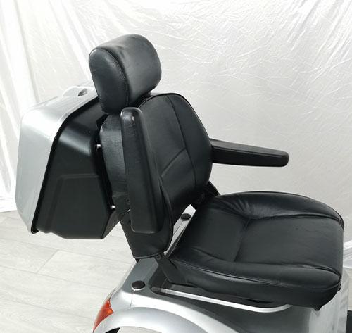 tga breeze s4 max seat