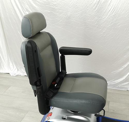 kymco-midi-xls-blue-seat