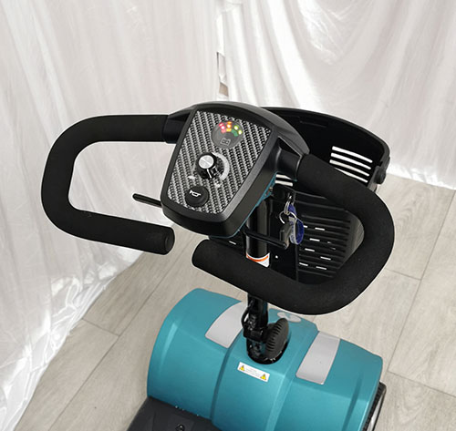 veo-sport-blue-controls