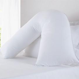 v-shaped-waterproof-pillow