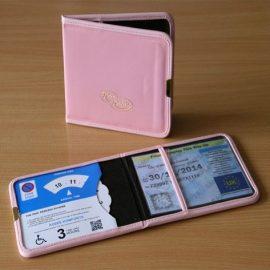plastic-disabled-badge-wallet1